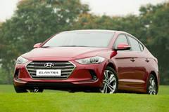 Có 600 triệu, mua Toyota Vios hay... Hyundai Elantra ?