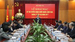 1 'chọi' 3 thi chức Vụ phó Bộ Nội vụ