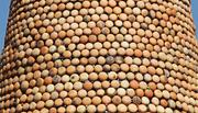 Cây thông Noel độc đáo nhất xứ Nghệ, làm từ hàng ngàn nồi đất