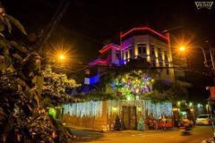 Những biệt thự ngập tràn không khí Giáng sinh của sao Việt