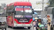Tước bằng lái xe dù lượn lờ đón khách ở cửa ngõ phía nam Hà Nội