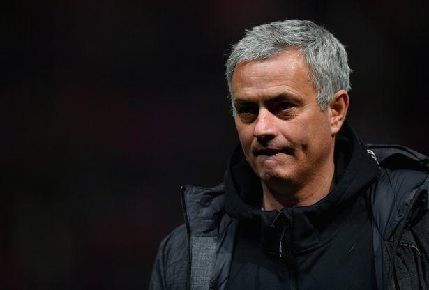 Mourinho mạnh tay 'thanh trừng' hàng loạt sao MU