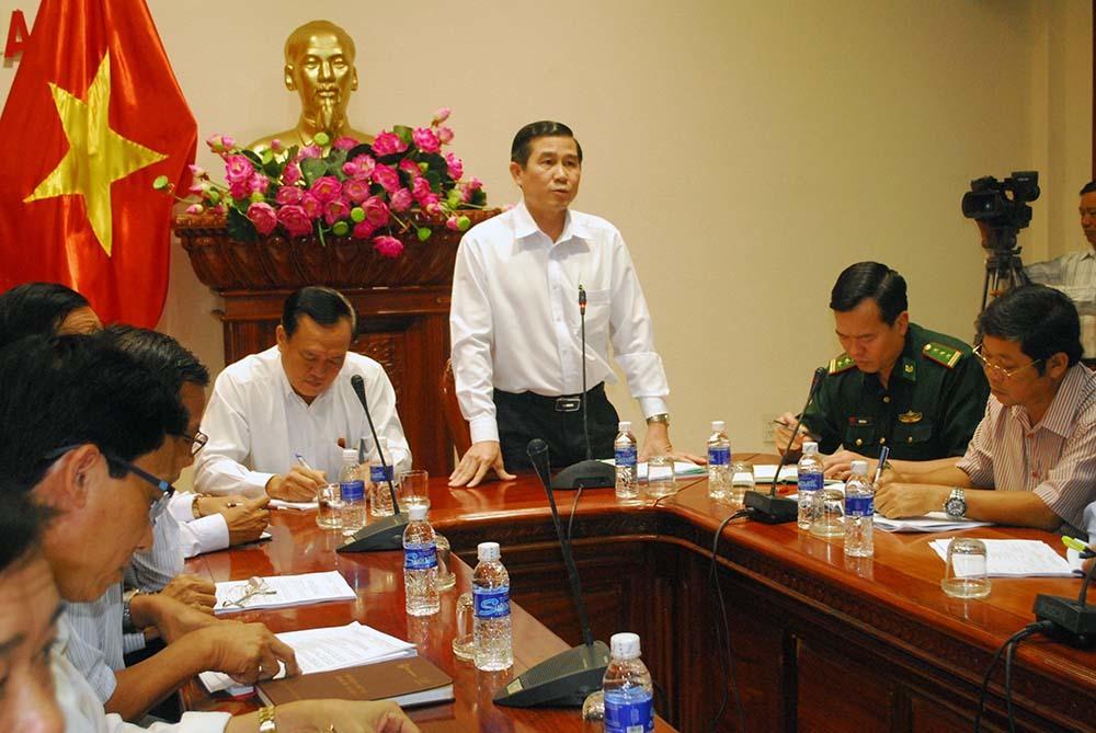 Tây Nam Bộ 'căng mình' chống bão số 16 sắp đổ bộ