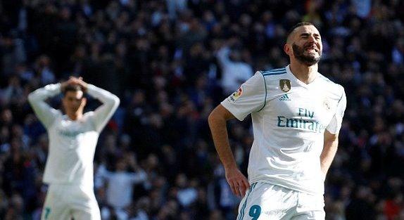 Real Madrid 0-0 Barcelona: Benzema phút 42