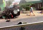 Xe 7 chỗ lộn nhiều vòng sau tai nạn, 2 người chết