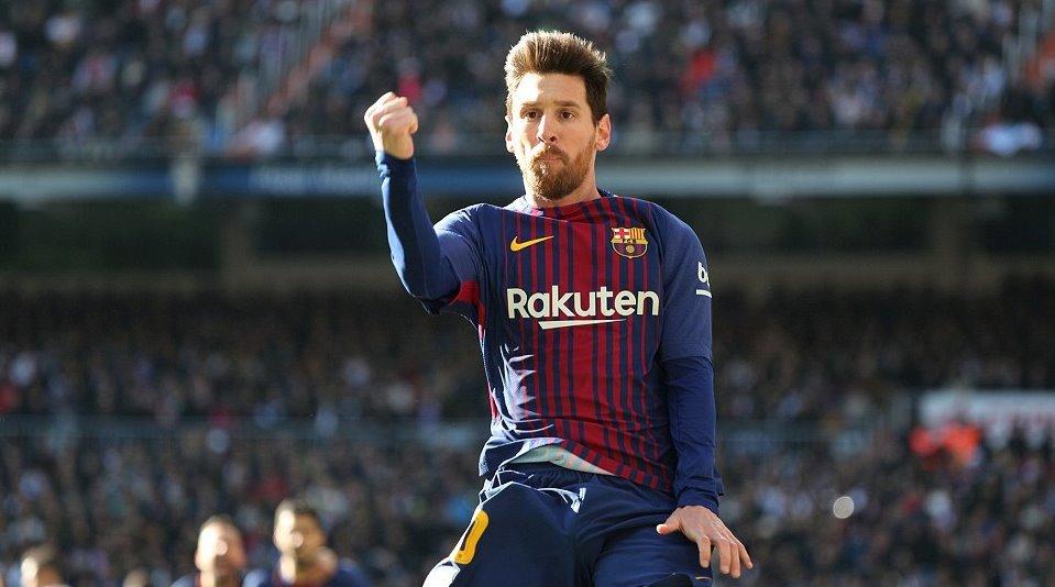 Messi tỏa sáng, Barca 'cắt đuôi' Real