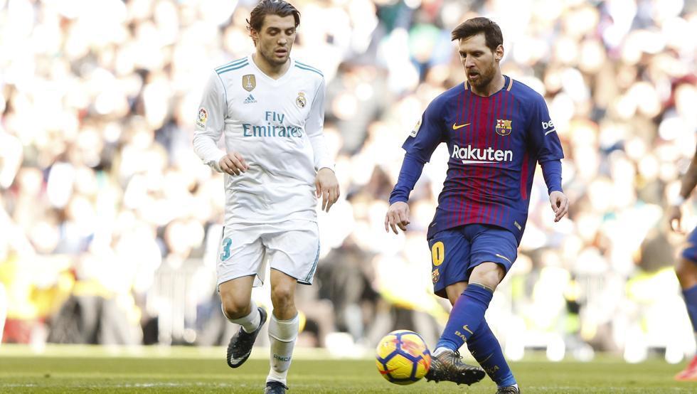 Barca hạ đẹp Real Madrid: Zidane bó tay trước Messi vĩ đại