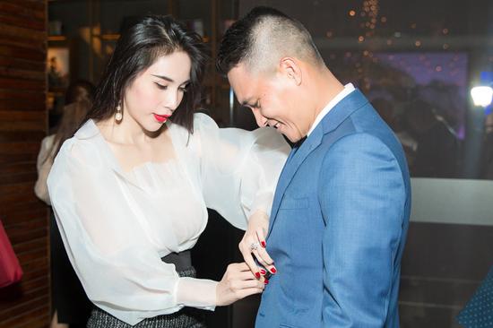 Ca sĩ Thuỷ Tiên bỏ 22 tỷ, trở thành Tổng giám đốc