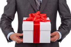 Ban Bí thư: Cấm biếu, tặng quà tết cho lãnh đạo
