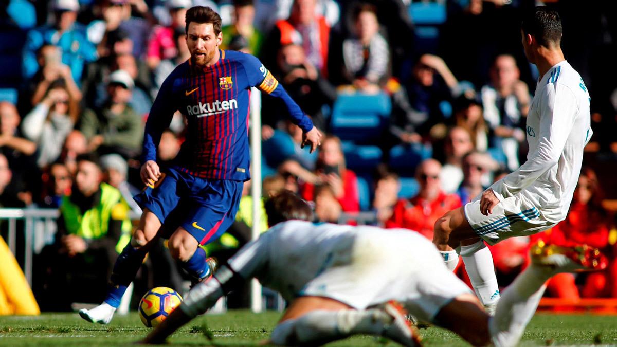 Ronaldo thua sấp mặt Messi: Cái giá của sự kiêu ngạo