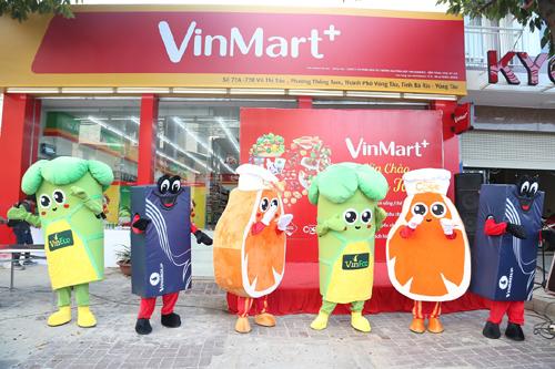 Noel ở Vũng Tàu: Khai trương 15 VinMart+