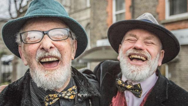 Hai 'chuẩn men' cưới nhau vì lý do khiến nhiều người bất ngờ