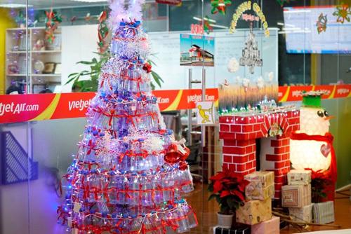 Văn phòng sáng tạo của Vietjet mùa Giáng Sinh