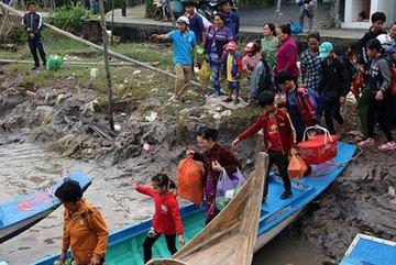 Bão Tembin yếu thành áp thấp, mưa to khắp Trung, Nam Bộ