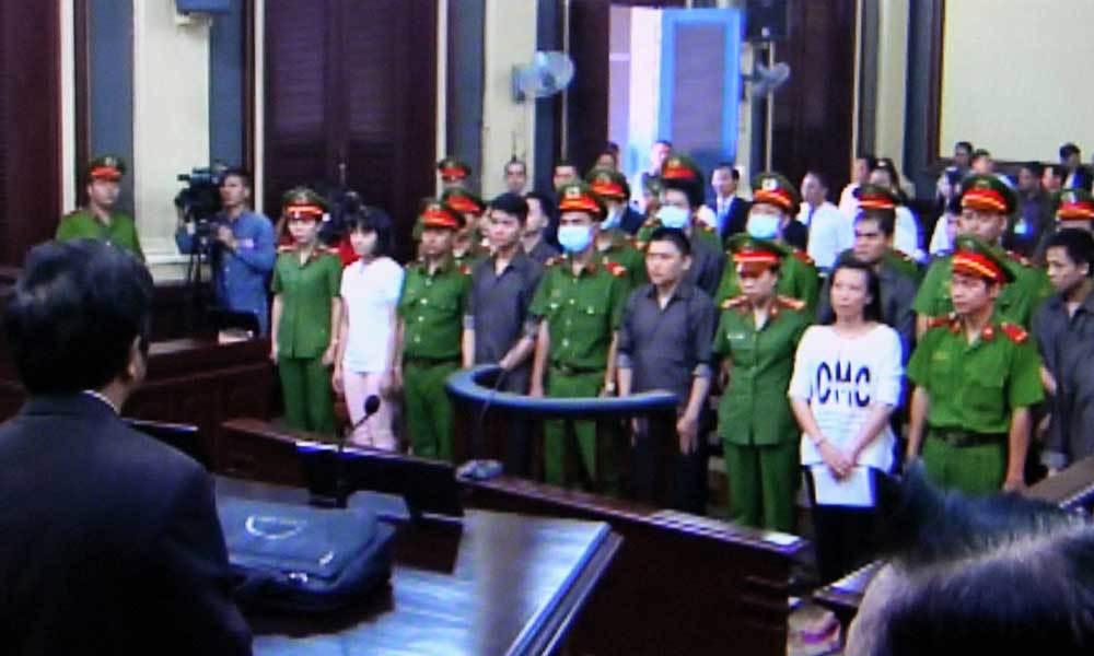 Xét xử 15 đối tượng bị cáo buộc khủng bố ở sân bay Tân Sơn Nhất
