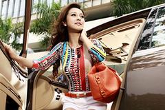 Hoa hậu Jennifer Phạm giàu cỡ nào?
