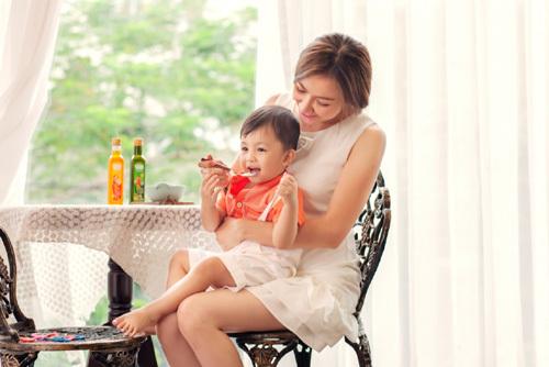 Ái Châu chia sẻ thực đơn ăn dặm ngon, giàu dưỡng chất