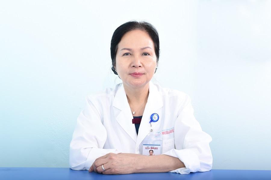 PGS. TS Bạch Khánh Hòa: U50 vẫn 'tiếp lửa' đam mê