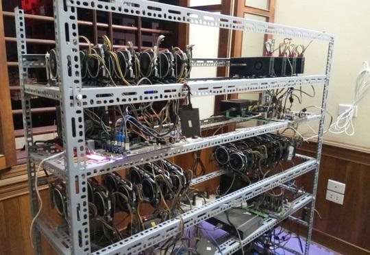 Tận mắt thấy dàn 'trâu đào' tiền ảo Bitcoin tiền tỉ ở Hà Nội