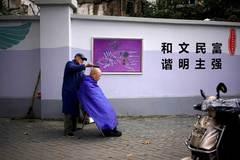 Trung Quốc làm gì để trị 'bệnh thành phố lớn'?