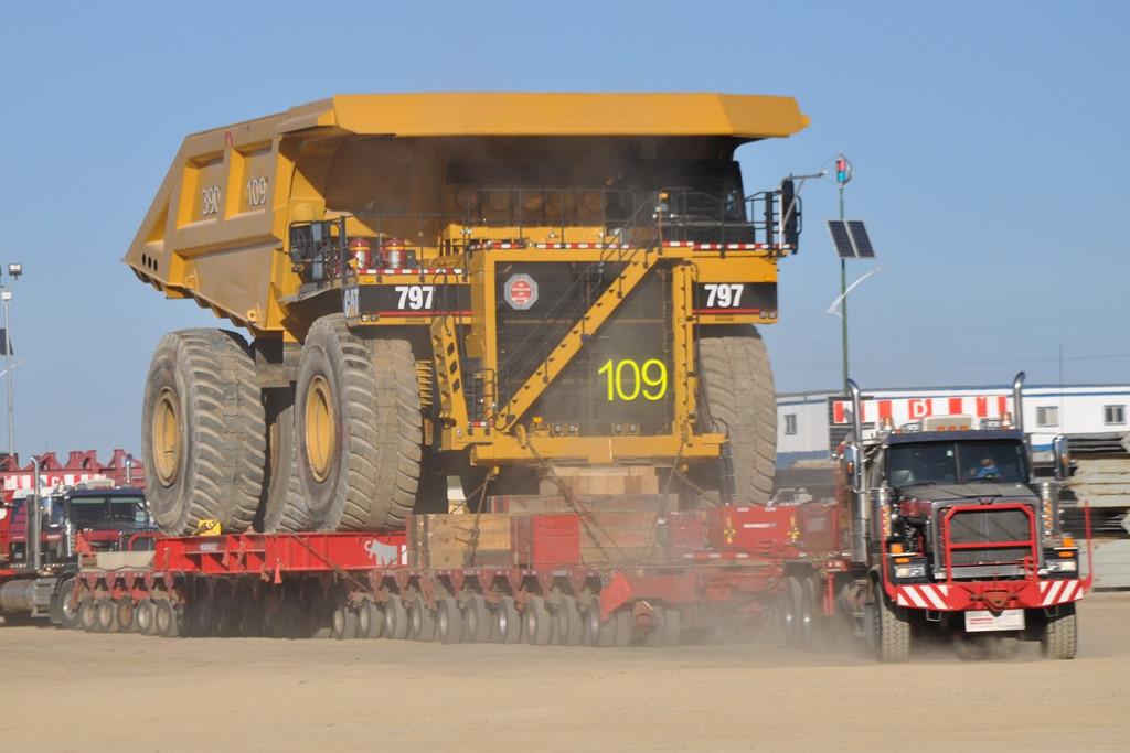 10 siêu xe tải lớn nhất thế giới
