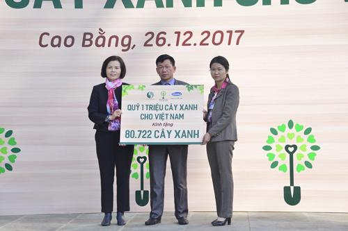 Quỹ 1 triệu cây xanh của Vinamilk về nguồn Pác Bó