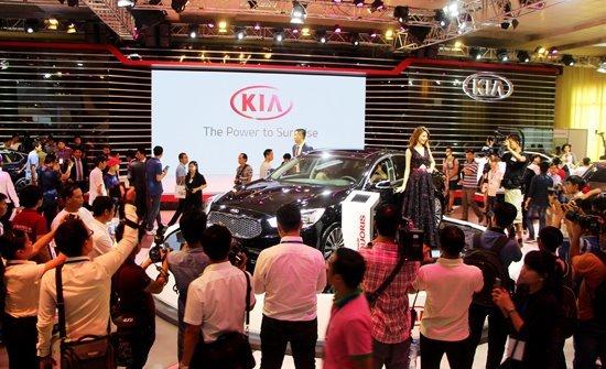 Ô tô Kia sắp giảm còn 290 triệu, xe Mazda chưa đến 500 triệu