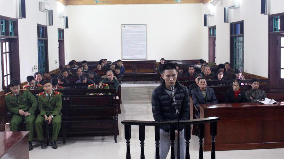 Hà Tĩnh: Chặn xe xin tiền bị đánh tử vong