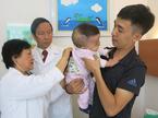 Ghép tế bào gốc cứu sống bé trai sinh non xơ phổi