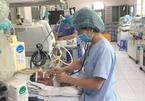 Hà Nội: Tự chữa ho tại nhà, bé 2 tháng tuổi tử vong