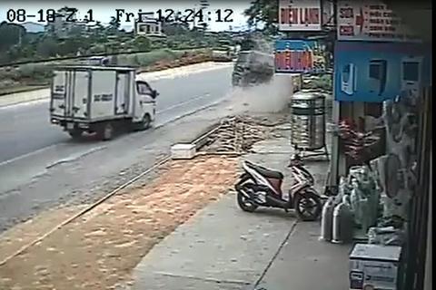 clip tai nạn giao thông  4