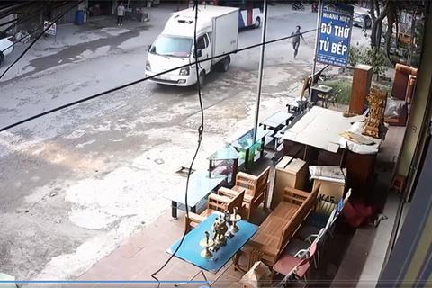 clip tai nạn giao thông  6