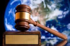 Tòa án và trọng tài trong tranh chấp biển