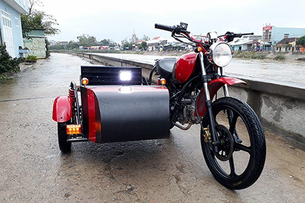 Thợ Bình Định đặc chế Honda Wave thành sidecar độc đáo