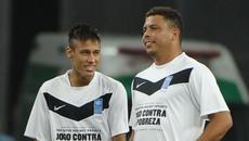"Ronaldo tin Neymar về Real, Chelsea ""trói"" Courtois"