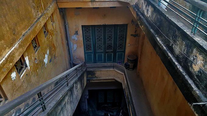 Căn nhà cổ rộng 200m2 của gia đình giàu nức tiếng phố Hàng Đào