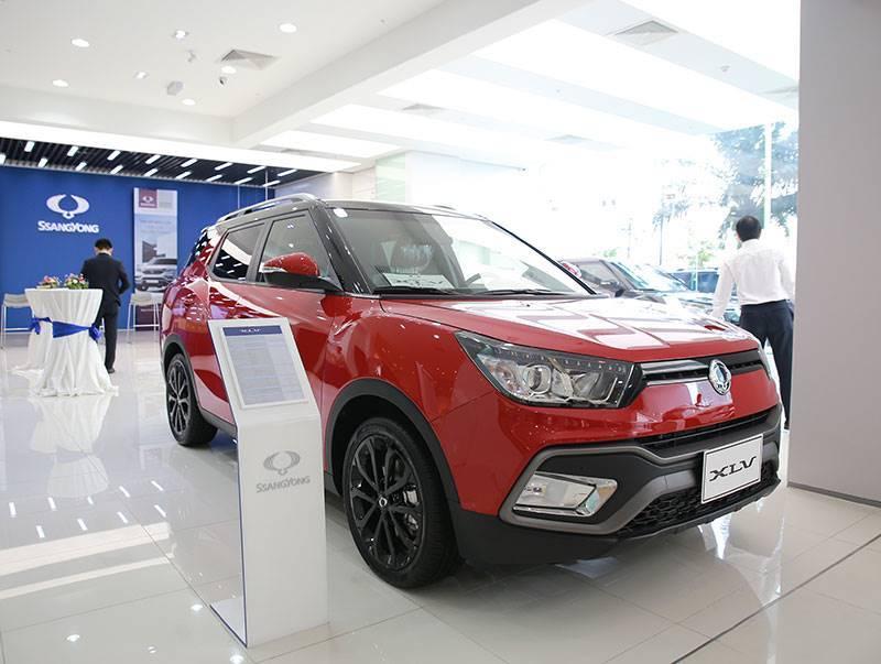 Đua nhau phá giá: Ô tô Đức giảm 390 triệu, xe Nhật giảm 300 triệu