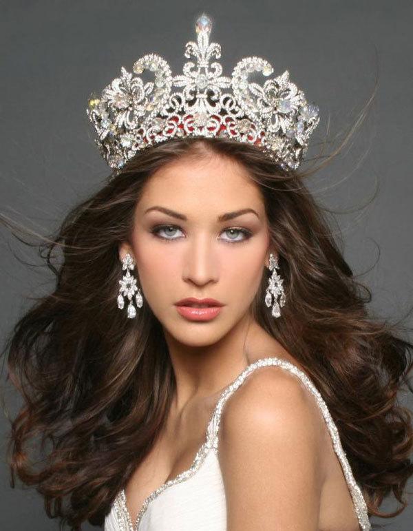 Hoa hậu đẹp nhất lịch sử sắp đến Việt Nam