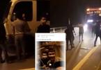 11 thanh niên cầm hung khí chặn xe trấn lột, thách báo công an