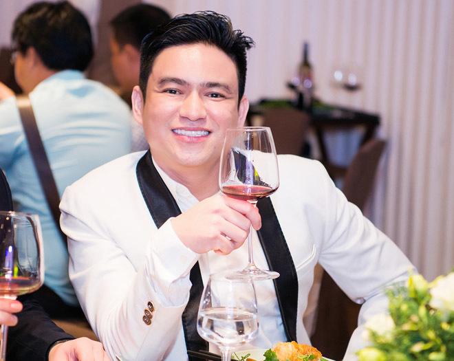 Bị Angela Phương Trinh tránh mặt, 'tình cũ' Chiêm Quốc Thái nói gì?