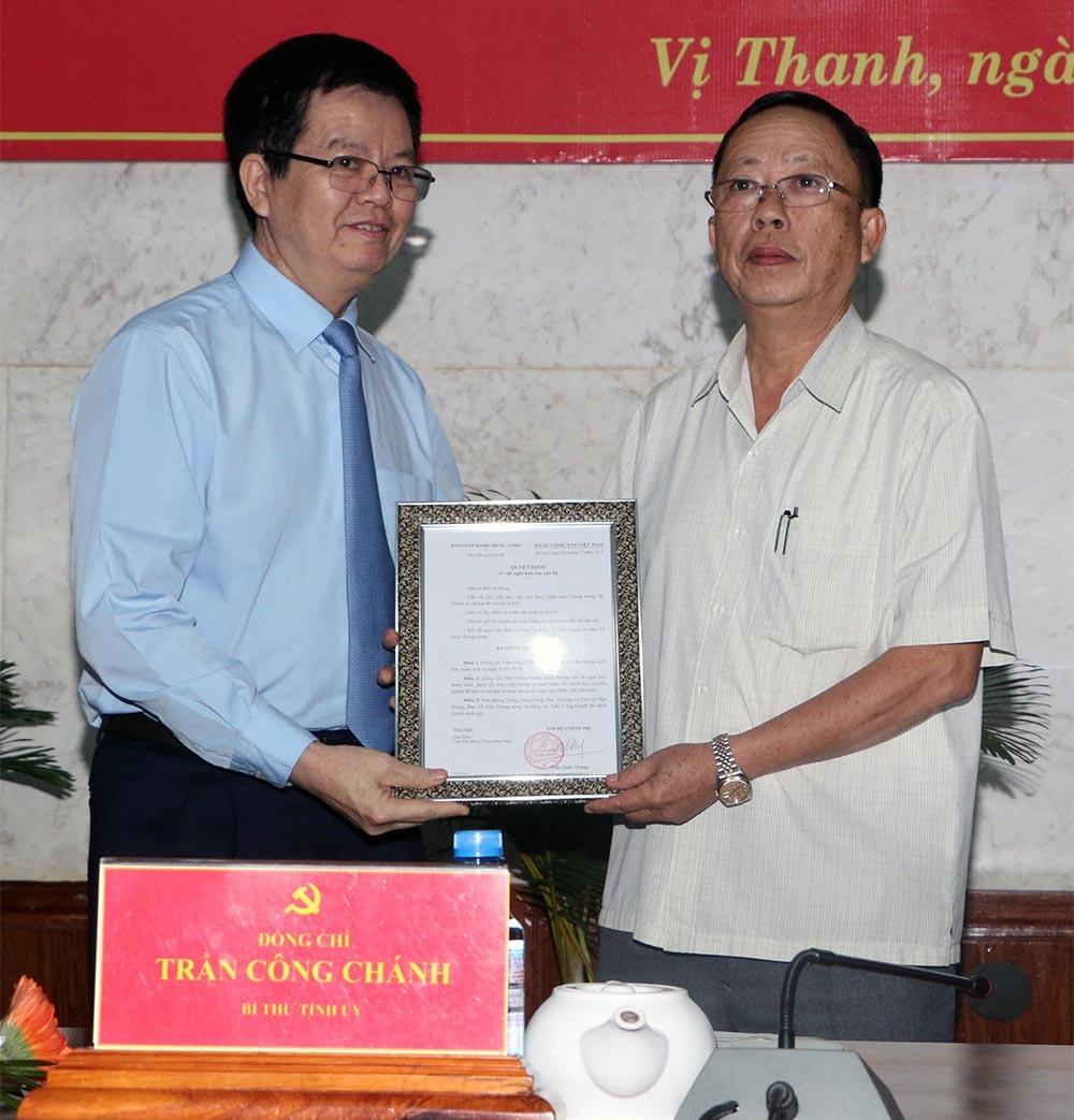 Ông Trần Công Chánh nghỉ hưu sớm, Hậu Giang có Bí thư mới