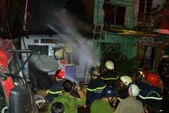 Cháy 6 căn nhà ở Sài Gòn ngày cuối năm