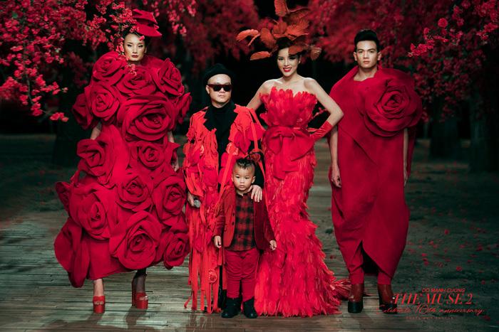 Tăng Thanh Hà tái xuất làm người mẫu sau 4 năm rời showbiz
