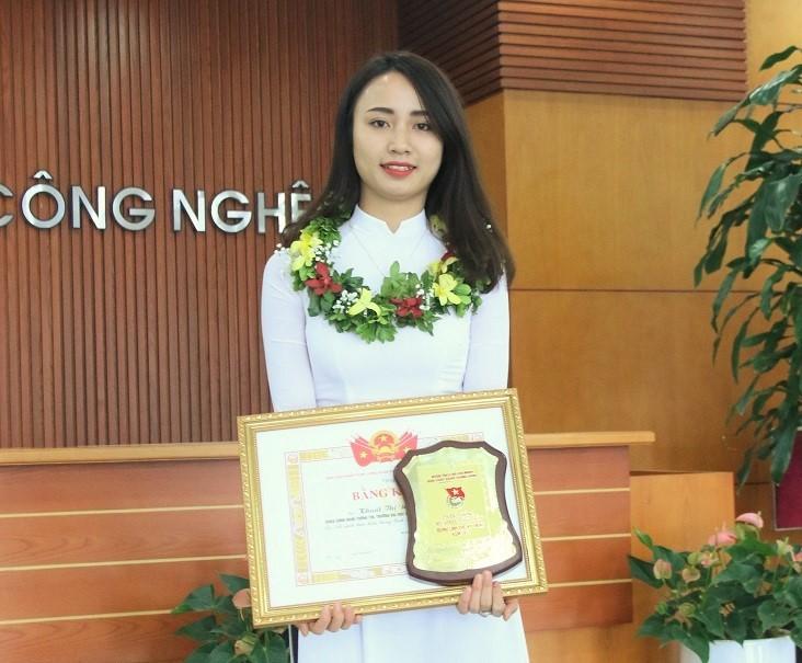 Nữ sinh được chọn trao 'tiêu biểu nhất trong lĩnh vực kỹ thuật'
