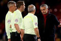 MU bị Chelsea qua mặt: Mourinho và ác mộng ở nhà hát
