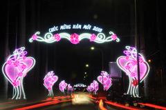 Sài Gòn lung linh sắc màu chào đón năm mới 2018