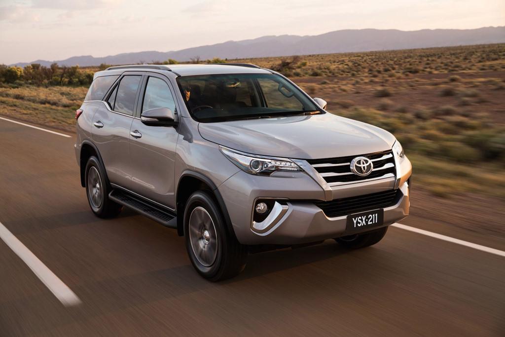 ô tô giá rẻ,Honda CR-V,Honda Jazz,Toyota Wigo,Suzuki Celerio,BMW