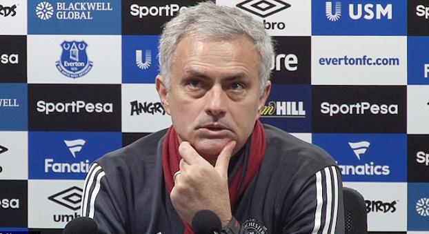 Pogba,Scholes,Mourinho,MU,Everton