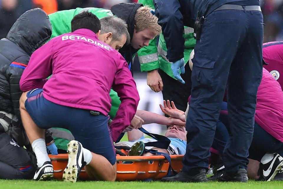 Guardiola thở phào với De Bruyne, Jesus nghỉ 2 tháng