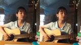 Cô gái xinh đẹp vừa đàn vừa hát cực hấp dẫn